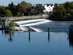 Marlow's Weir controlling the flow of the River Thames in England..